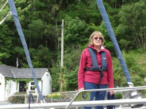 m_Mary on the warps through the Crinan Canal